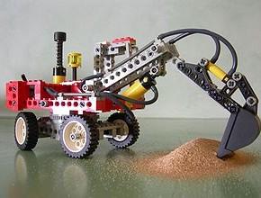 Vil lokke barn med Robot-Lego
